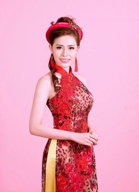 A khoi Quynh Ngan dien ao cach tan dai do ruc chao xuan Binh Than 2016 - Anh 3