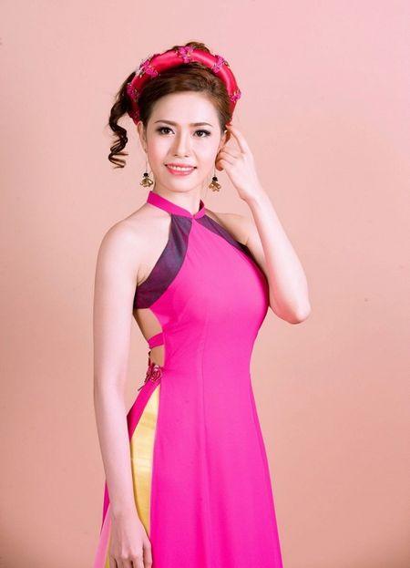 A khoi Quynh Ngan dien ao cach tan dai do ruc chao xuan Binh Than 2016 - Anh 9