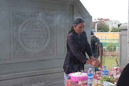 Rung rung khu tuong niem ong Nguyen Ba Thanh ngay gio dau - Anh 5
