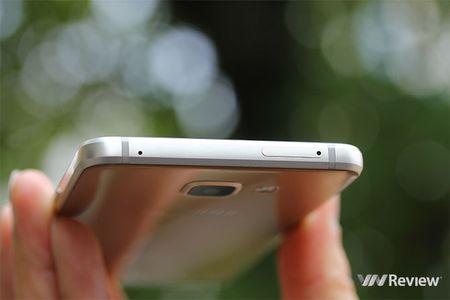 Danh gia Samsung Galaxy A5 (2016): hoan thien tot, pin ben - Anh 6