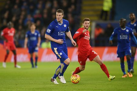 Thang Liverpool 2-0, Leicester vung ngoi dau bang - Anh 1