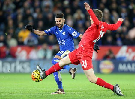 Thang Liverpool 2-0, Leicester vung ngoi dau bang - Anh 4