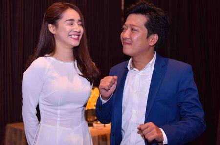 Truong Giang khen Nha Phuong qua dep - Anh 6