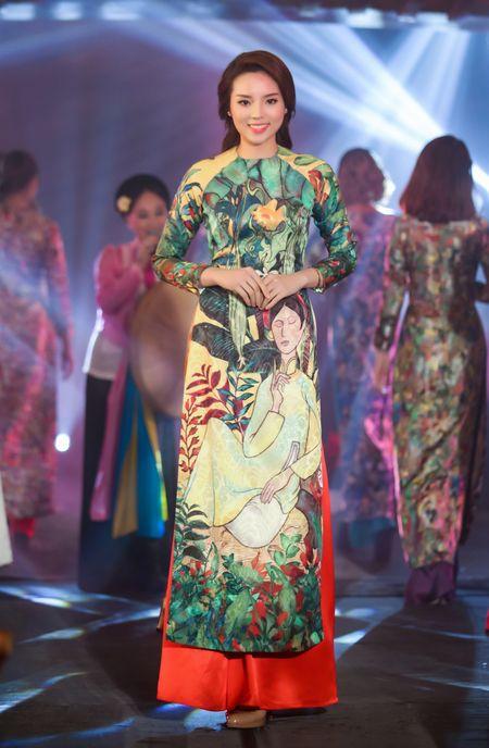 Hoa hau Ky Duyen, Ngoc Han dien ao dai duyen dang - Anh 3