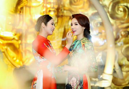 Hoa hau Ky Duyen, Ngoc Han dien ao dai duyen dang - Anh 5