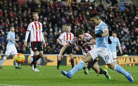 Thang Sunderland, Man City giu ngoi nhi bang - Anh 1