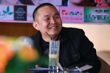 Nghe si Xuan Hinh: Vo o nha, hang xom xong nha thi gay go! - Anh 1