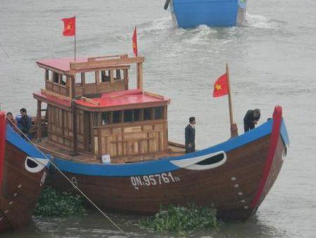 Ngu dan xuat hanh thang tien Hoang Sa - Truong Sa - Anh 2
