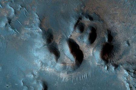 Chum anh sao Hoa an tuong chup boi ve tinh NASA (2) - Anh 5