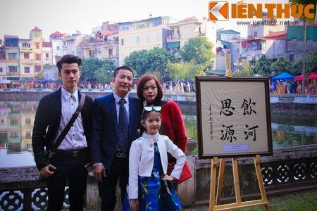 Zoom dan Ha Noi do ve pho ''Ong do'' xin chu dau nam - Anh 4