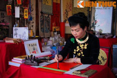 Zoom dan Ha Noi do ve pho ''Ong do'' xin chu dau nam - Anh 5