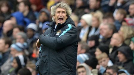 Chuyen gia Sky Sports: 'Thua Leicester, Man City da bay chuc vo dich' - Anh 1