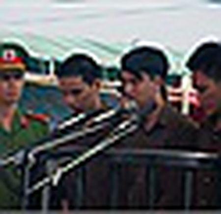 Noi 'giang xe' cua Tuong Tien trong nhung vu trong an - Anh 3