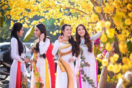 Xuat hanh mung 1 Tet 2016: Chon huong nao de don tai loc, may man? - Anh 3