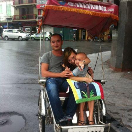 Nang dau Tay me Tet Viet va mam co cung khien chi em than phuc - Anh 2
