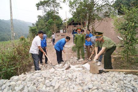 Hang Kia - Pa Co dang xanh lai mot mau binh yen - Anh 3