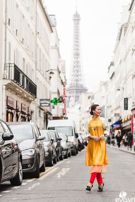 Nao long ngam ao dai Viet tha thuot tren duong pho Paris - Anh 4