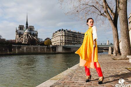 Nao long ngam ao dai Viet tha thuot tren duong pho Paris - Anh 5