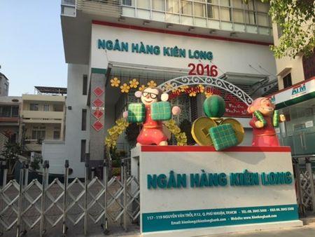 Duong pho Sai Gon tinh lang ngay dau nam - Anh 4