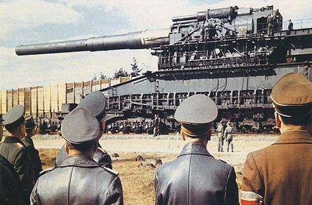 Kinh ngac dan vu khi bi mat cua Hitler - Anh 1