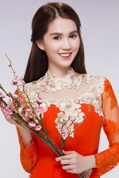 Ngoc Trinh, Linh Chi diu dang trong ao dai xuan - Anh 2