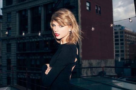 Taylor Swift se bieu dien tai Grammy - Anh 1