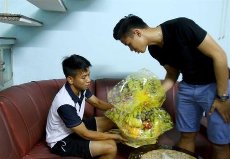 Bi hai cua bong da Viet nam 2015 - Anh 2