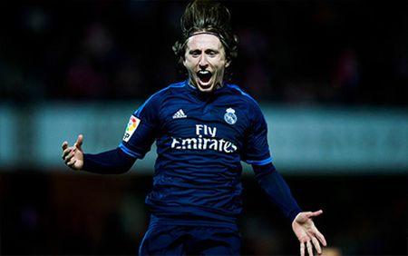 Clip Granada 1-2 Real: Nguoi hung Modric cuu roi Real - Anh 1