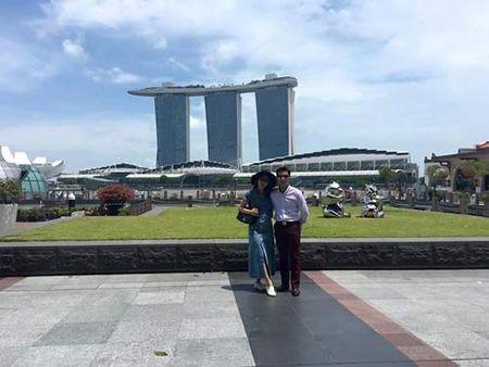 Me con Angela Phuong Trinh gian di di le chua - Anh 9