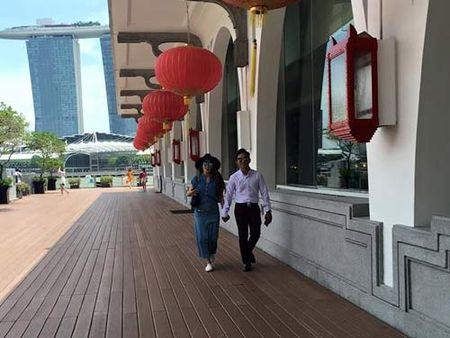 Me con Angela Phuong Trinh gian di di le chua - Anh 10