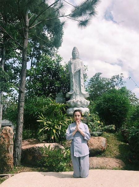 Me con Angela Phuong Trinh gian di di le chua - Anh 3