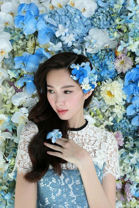 Hoa hau Thu Thao xinh dep voi vay ket hang tram hoa lan - Anh 10