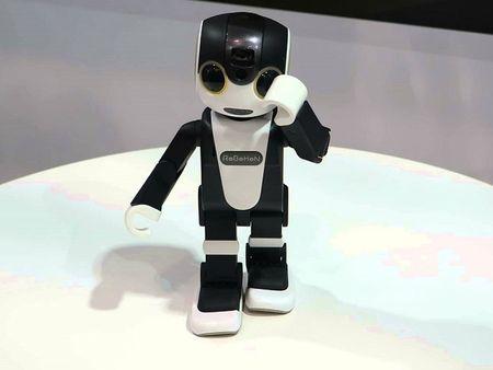 Tim hieu chi tiet ve chu robot kiem smartphone cua Sharp - Anh 3