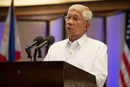 Philippines-Nhat Ban ky thoa thuan chuyen giao thiet bi quoc phong - Anh 1