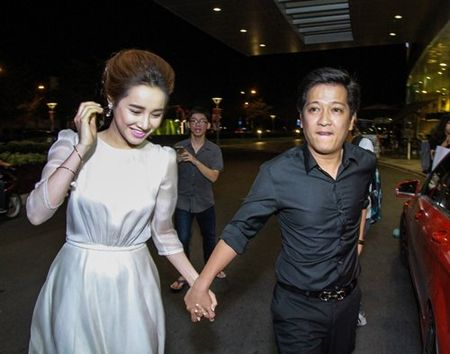 Truong Giang lai than mat voi Nha Phuong chon dong nguoi - Anh 1