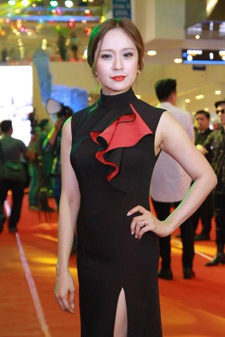 Truong Giang lai than mat voi Nha Phuong chon dong nguoi - Anh 8