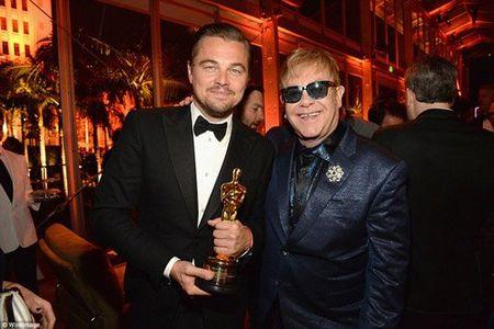 Hau Oscar, Leonardo qua vui quen ca tuong vang - Anh 5