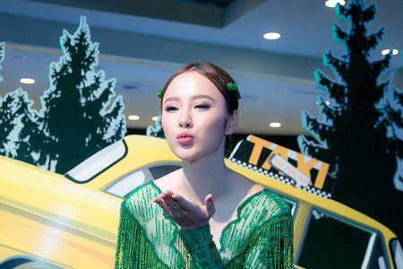 Ngat ngay nhan sac cua Angela Phuong Trinh tai su kien - Anh 6