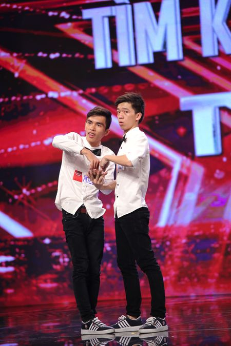 Bot tai nang nham nhi, Got Talent ghi diem an tuong - Anh 1