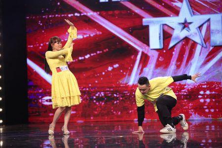 Bot tai nang nham nhi, Got Talent ghi diem an tuong - Anh 2