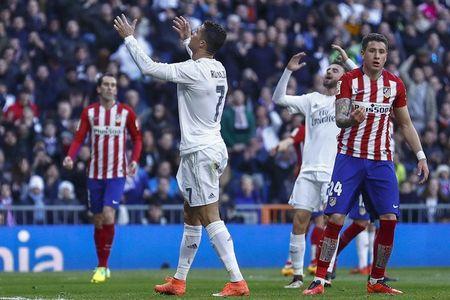 Ronaldo: Ke kieu ngao hay ke thu cua truyen thong - Anh 1