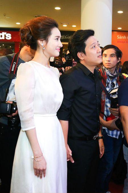 Truong Giang bo Angela Phuong Trinh, nam chat tay Nha Phuong khong roi - Anh 2
