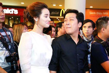 Truong Giang bo Angela Phuong Trinh, nam chat tay Nha Phuong khong roi - Anh 3