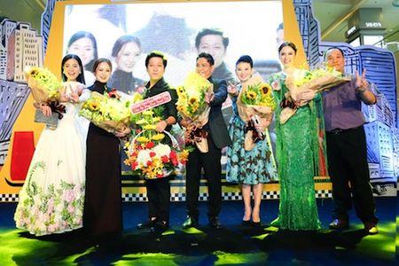 Truong Giang bo Angela Phuong Trinh, nam chat tay Nha Phuong khong roi - Anh 4