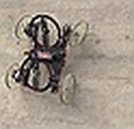 Mercedes-Benz 'sa thai' bot robot trong day chuyen san xuat - Anh 3