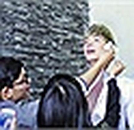 Nathan Lee to chuc sinh nhat cho me tai resort trieu do - Anh 10