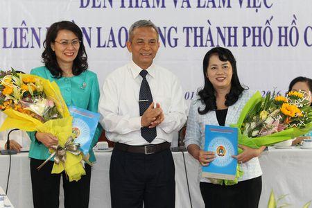 """Bi thu Dinh La Thang: """"Phai hieu luat moi bao ve duoc cong nhan"""" - Anh 4"""