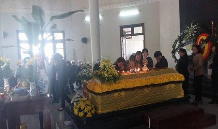 Tuong Chung chi dao xu nghiem vu xe Camry dam chet nguoi - Anh 1