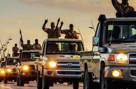 IS va tham vong dau khi o Libya - Anh 1