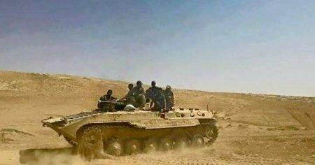 Quan doi Syria chiem 8 cao diem cua IS gan thanh co Palmyra [VIDEO] - Anh 1